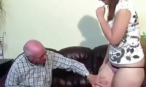 Meaty thighs hottie wants that wrinkly cock