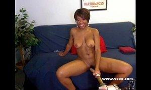 Ebony live webcam fucking machine xVideos