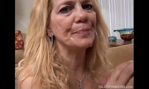 Beautiful mature blonde loves to fuck xVideos