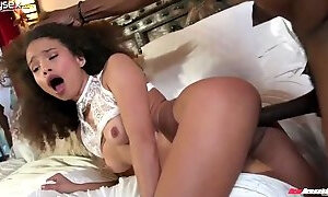 EBONY BABE WITH AFROCURLS CECILIA LION TRIES TO COPE WITH SUPER BIG BLACK HOSE