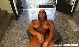 Aziani Iron Amber Deluca Amazon Bodybuilder with Huge Clit xVideos