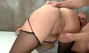 DZ BDSM NURSE ORAL