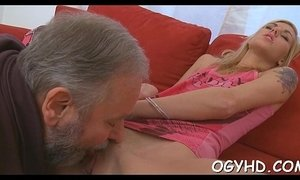 Old dude fucks young moist pussy xVideos