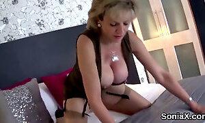 Unfaithful uk milf lady sonia showcases her massive breasts
