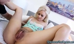 Teen stepdaughter licked xVideos