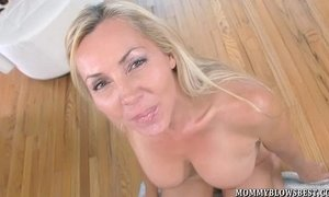 Sexy British MILF And Naughty Blow Job Pro Lisa Demarco xVideos