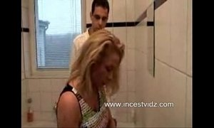 Mommys Seduction In The Bathroom xVideos
