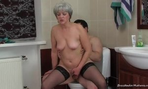 Old lady seduces a delivery boy into furious sex in bath AnalDin
