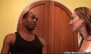 Soccer mom Darien Ross gets fucked by a black cock