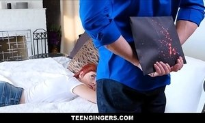 Cute Teen Red Head Ginger Stepdaughter Birthday Fuck xVideos