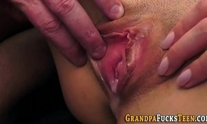 Teen whore gets creampied xVideos