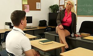 Curvy tanned teacher Alura Jenson wanna seduce her naughty student for sex AnySex
