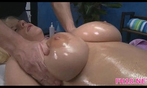 Sexy 18 year old sucks and fucks xVideos