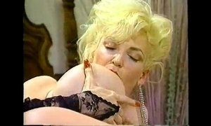 Chessie moore - ' cheeks 3 ' solo 1990 xVideos